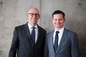 Zum 1. Januar 2018 haben Prof. Dr. Ralf-Peter Oepen (links) und Max Böhler die Geschäftsführung<br />der BRZ Deutschland GmbH übernommen.<br />
