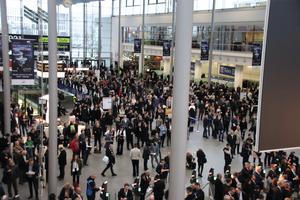 """<div class=""""bildtext"""">Rund 250.000 Besucher besuchten die internationale Fachmesse BAU 2019 in München.</div>"""