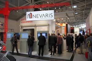 """<div class=""""bildtext"""">Nevaris stellte Softwarelösungen von der Baustelle bis ins Büro vor.</div>"""