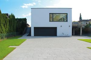 """<div class=""""bildtext"""">Außenansicht auf das Wohnhaus in Limburg</div>"""