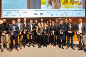 """<div class=""""bildtext"""">Preisträger 2019 des Wettbewerbs """"Auf IT gebaut"""" </div>"""