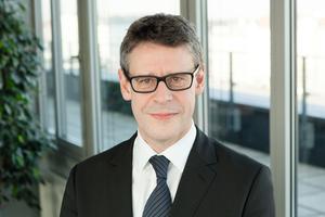 "<div class=""bildtext"">Andreas Dangl, Business Unit Executive für Process Solutions bei Fabasoft</div>"