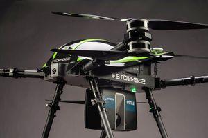 """<div class=""""bildtext""""><irspacing style=""""letter-spacing: -0.005em;"""">Mit speziellen 3D-Laserscannern ausgestattete Drohnen liefern präzise 3D-Messpunkte und 360°-Fotopanoramen. </irspacing></div>"""