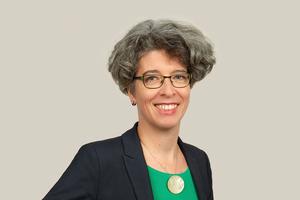 """<div class=""""bildtext"""">Dr. Ines Prokop, seit Juni 2020 Geschäftsführerin des BVBS, stellte sich den Fragen der Computer Spezial-Redaktion.</div>"""